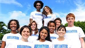 student volunteers in team daylight